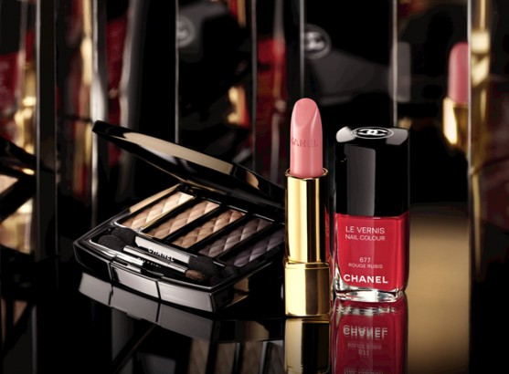 Chanel Nuit Infinie de Chanel Holiday 2013 Makeup Collection Chanel Nuit Infinie de Chanel Holiday 2013 Makeup Collection new pictures