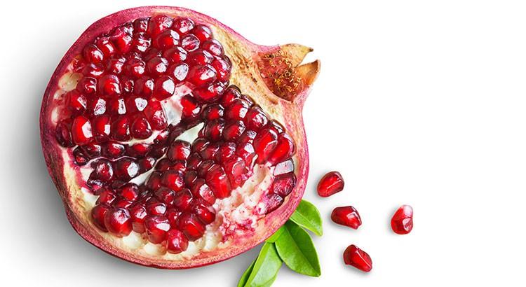 pomegranate what makes it a super fruit. Black Bedroom Furniture Sets. Home Design Ideas