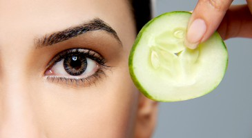 Beauty Tricks: 9 Easy home remedies to get rid of puffy eyes