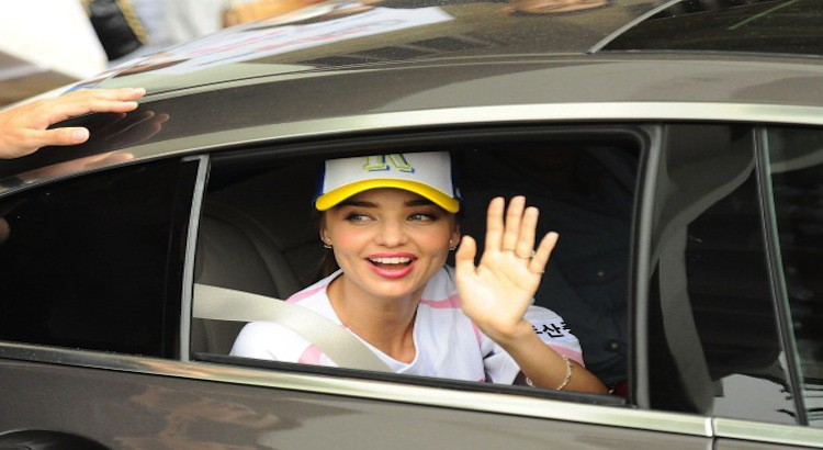 e77ec0f8f3e83 Keeping it Cool  10 Chic celebrities in baseball hats - Marie France Asia