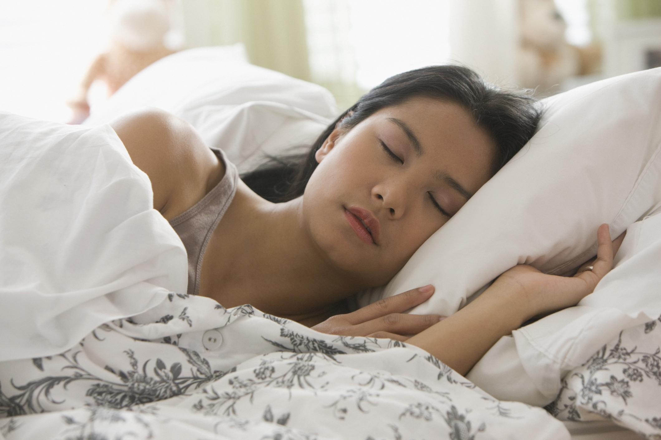 18 week pregnant thai teen heather deep nurse deepthroat - 5 3